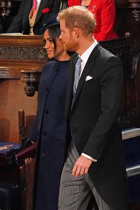 Prinssi Harry ja herttuatar Meghan saapuivat kirkkoon prinssi Williamin ja herttuatar Catherinen kanssa.