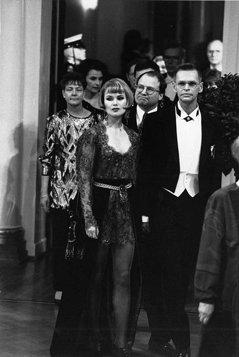 Itsenäisyyspäivä 1993, Helena Lindgren ja Jorma Uotinen.
