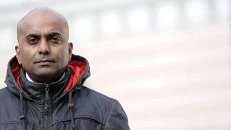 Rajkumar Sabanadesan on tamperelaistunut srilankalainen liikkeenjohdon ja muutosjohtamisen konsultti. Hän saapui Suomeen turvapaikanhakijana vuonna 1994 ja on työskennellyt aiemmin vastaanottokeskuksen johtajana.