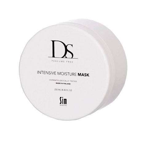 Sim Sensitiven DS Intensive Moisture Mask on hajusteeton tehohoito kuiville hiuksille. Naamio lupaa syväkosteuttaa, tehdä hiuksista elinvoimaiset ja antaa uv-suojan, 23,90 €.