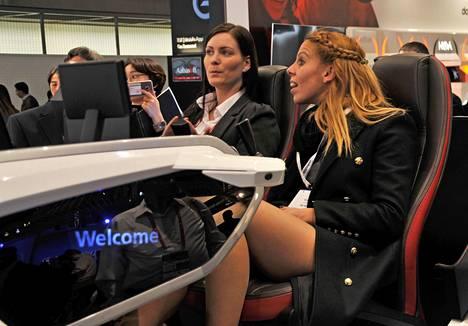 Bosch Forward -konseptiauto on varustettu laajoin innovatiivisin teknologioin, joiden tulo markkinoille on vain ajan kysymys. Esimerkiksi kasvojentunnistusteknologia mahdollistaa auton asetusten personoinnin.