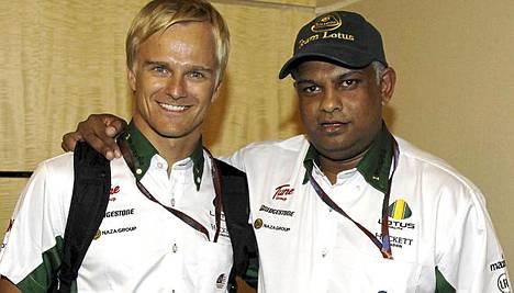 Heikki Kovalaisen pomo Tony Fernandes osti QPR:n.