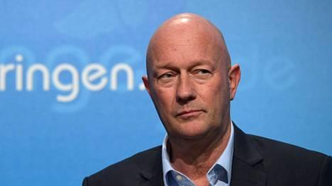 Thüringenin osavaltion pääministeriksi valitun Thomas Kemmerichin mukaan vaalit ovat tahraantuneet äärioikeiston vuoksi.