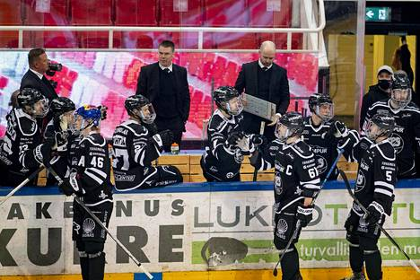 Raimo Helminen ja TPS ovat onnistuneet tällä kaudella.