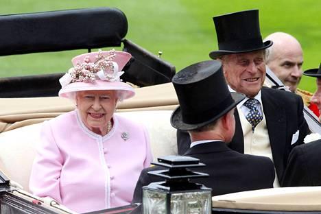 Kuningatar Elisabet ja prinssi Philip juhlivat tänä vuonna 70-vuotishääpäiväänsä.