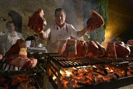 Cecchinin ravintoloissa pääsee grillauksen tunnelmaan.