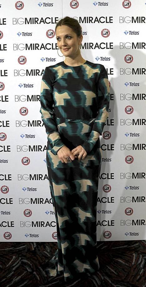 Näyttelijä Drew Barrymore saapui Big Miracle -elokuvan ensi-iltaan Washingtonissa.