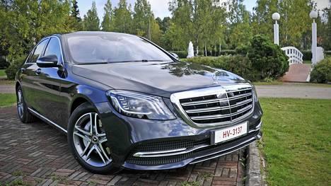 Mercedes-Benz on käytettynä haluttu auto. Kuvassa S-sarjan dieselmalli.