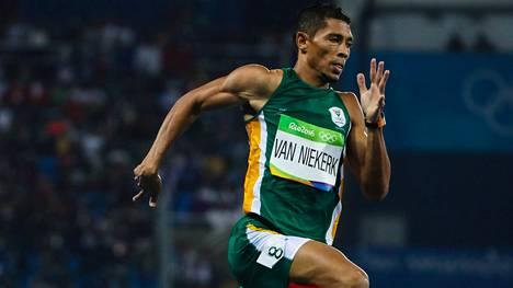 Etelä-Afrikan Wayde van Niekerkistä on tullut yleisurheilun uusi supertähti.
