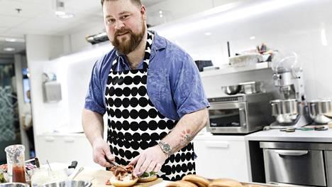 Akseli Herlevi on ensimmäisen Top Chef Suomi -tv-ohjelman voittaja. Hänet tunnetaan myös Naughty Brgr -ravintolaketjun omistajana.