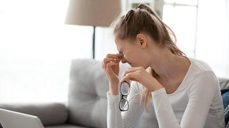 Raskaus voi muuttaa näköä ja kuivattaa silmiä.