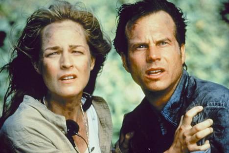 Katastrofielokuvan Twister pääosia näyttelevät Helen Hunt ja Bill Paxton.