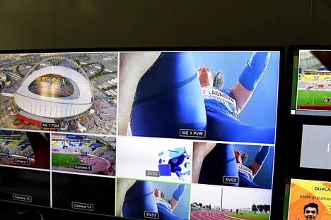Lähtötelineisiin asennetut kamerat ovat saaneet yleisurheiluväeltä murskapalautetta.