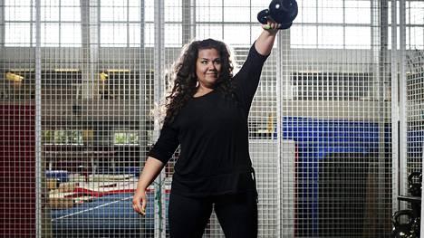 """Tämän kuvan aikoihin Anna Rinta-Jyllilä oli päättänyt lopettaa kilojen kyttäämisen ja tavoitella vain hyvää oloa ja liikunnan iloa. """"Vaatekokoni on pysynyt samana. En enää punnitse itseäni."""""""