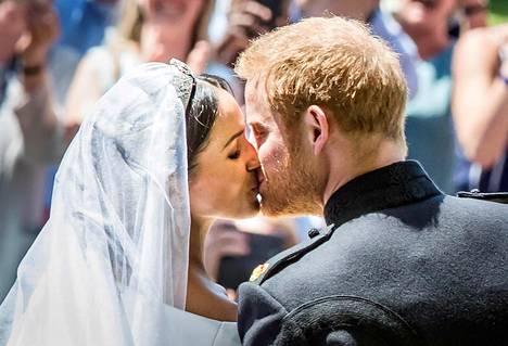 Herttuatar Meghan ja prinssi Harry.