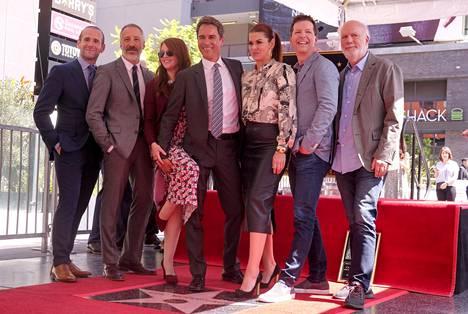 Juhlallisuuksiin osallistui Will & Grace -sarjan tähtiä.