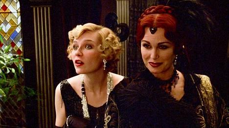 Lumleyn (oik.) voi nähdä perjantaina 5.6. myös Teema & Femin elokuvassa Murha vailla syyllistä klo 21.00.