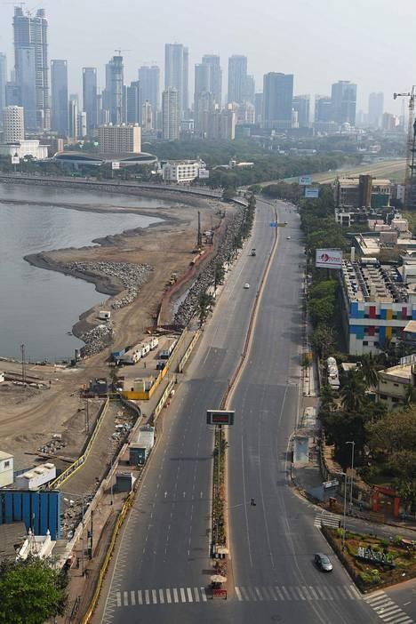 Kuva Mumbaista eristyksen ensimmäiseltä päivältä.
