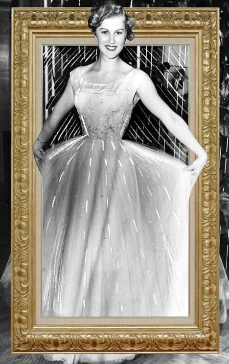 1950-luvulla naiset alkoivat jälleen koristautua kurjuuden hellittäessä.