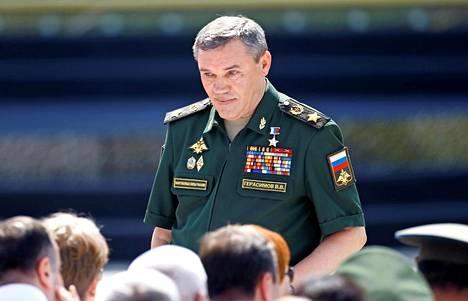 Venäjän asevoimien komentaja, armeijakenraali Valeri Gerasimov on sotilassuvusta kuten yhdysvaltalainen kollegansakin.