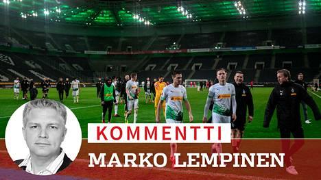 Borussia Mönchengladbachin pelaajat tarjoutuvat vapaaehtoisesti auttamaan työnantajaansa pulassa.