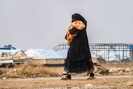 Al-Holin leirillä on kymmeniätuhansia naisia ja lapsia.