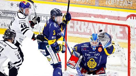 Lukon Lassi Lehtinen on SM-liigan maalivahtien eliittiä.