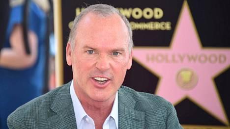 Michael Keaton kuvattiin torstaina Hollywood Walk of Famella.