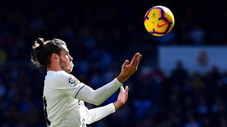 """Real Madridin tähti välttelee joukkuekavereitaan: """"Hän menee ajoissa nukkumaan"""""""