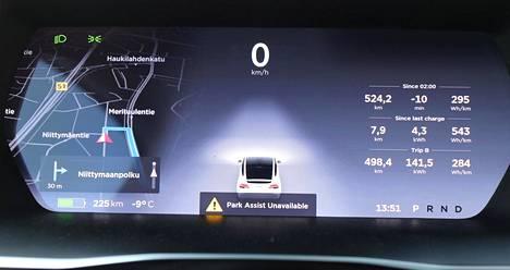 Autojen kamerat ja sensorit jumittavat usein huonossa säässä käyttövoimasta riippumatta. Täyssähköinen Teslakaan ei ollut poikkeus IS:n koeajorupeaman aikana.