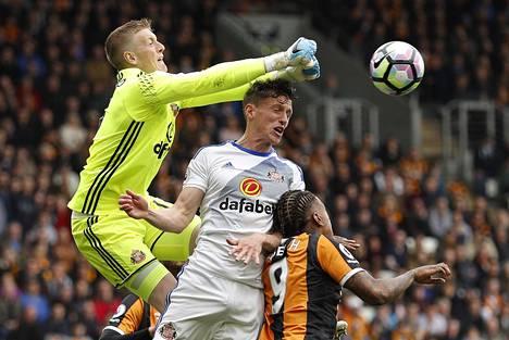 Jordan Pickford ei pystynyt pitämään Sunderlandia liigassa, mutta hänen oma tulevaisuutensa maalivahtimarkkinoilla on valoisa.