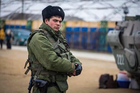 """""""Pienet vihreät miehet"""" valloittivat Krimin maaliskuussa 2014."""