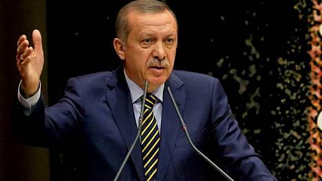 Pääministeri Recep Tayyip Erdogan on erottanut 10 ministeriä.