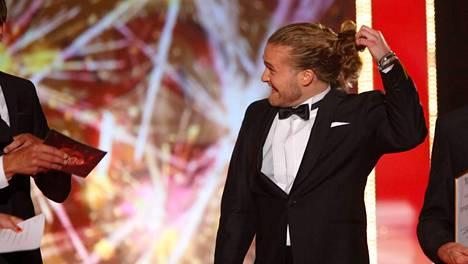 Teemu Roivainen avasi ponnarinsa, kun hänet valittiin Tangokuninkaaksi kesällä 2014.
