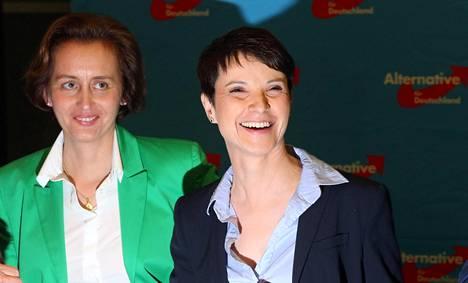 Vaihtoehto Saksalle -puolueen johtaja Frauke Petry iloitsi vaalivoitosta Berliinissä.