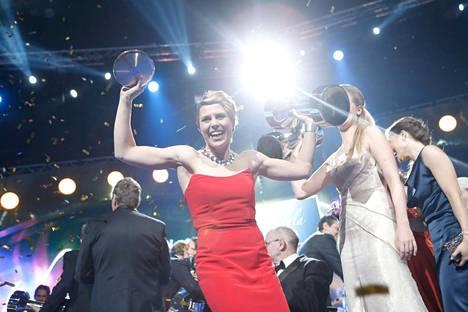 Purjelautailun olympiakakkonen Tuuli Petäjä-Siren valittiin vuonna 2012 Vuoden urheilijaksi.