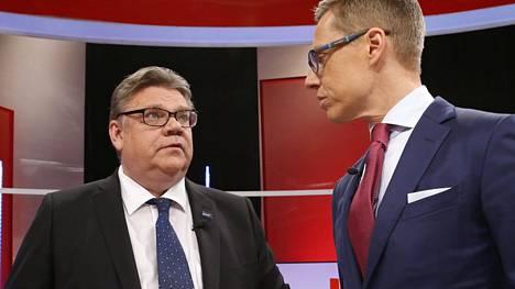 Perussuomalaisten Timo Soini ja kokoomuksen Alexander Stubb tapasivat MTV:n keskiviikon vaalitentissä.