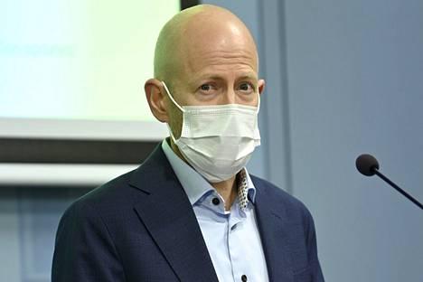 THL:n ylilääkäri Otto Helve on kutsunut epidemiaa rokottamattomien epidemiaksi.