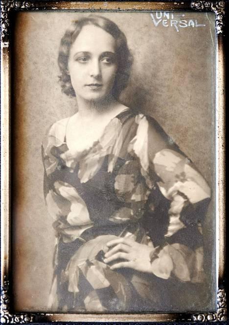 Heidi Heralalla on säilynyt muutamia upeita kuvia isoäidistä.