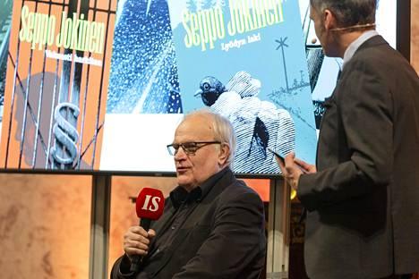 Seppo Jokinen kirjoittaa Komisario Koskinen -kirjasarjaa.
