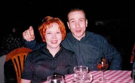Pariskunta asui puoli vuotta etäsuhteessa ennen kuin Niina muutti Oulusta Matin luo Vantaalle. Nykyään pari asuu Haukiputaalla.