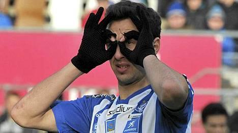 Berat Sadik saattaa jatkossa tähyillä maalipaikkoja Israelin liigassa.