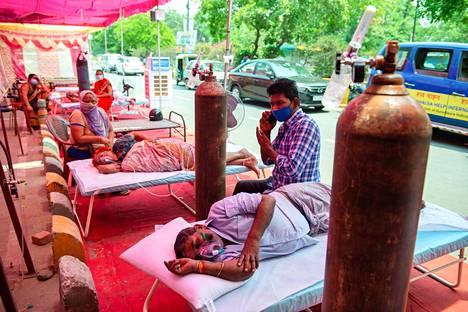 Etenkin hapesta on ollut Intiassa pulaa ja maan kotimaista tuotantoa on yritetty tehostaa.