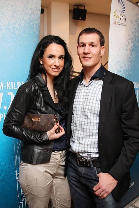 Nilüfer ja Amin Asikainen ovat olleet naimisissa pian neljä vuotta.
