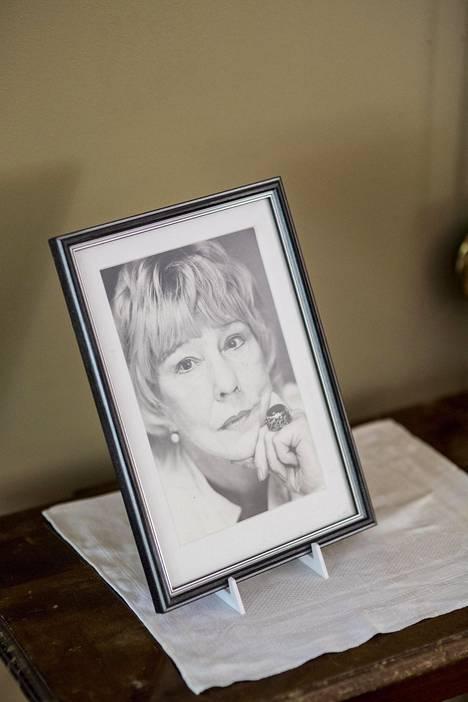 Eeva Joenpelto kuoli 82-vuotiaana lyhyen sairauden jälkeen.