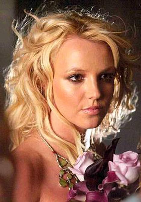 Ahdistelija muistaa Britney Spearsia törkeillä kirjeillä.