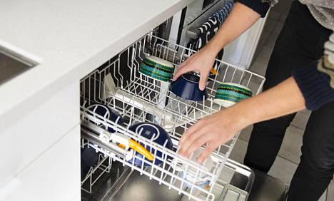 Astianpesukoneen käytöstä saa enemmän irti, kun muistaa muutamat siisteyteen ja astioiden asetteluun liittyvät asiat.