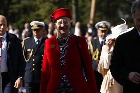 Tanskan kuningatar Margareeta II joutui perumaan syntymäpäiväjuhlansa.