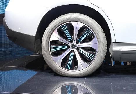 Pyöriä voi tehostaa sähkönsinisillä yksityiskohdilla. Koeteltu kikka sähköautoissa.