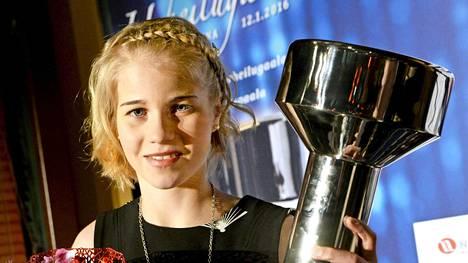Alisa Vainio palkittiin Vuoden nuorena urheilijana Urheilugaalassa tammikuussa 2016. Huippukauden 2015 jälkeen häntä ei ole nähty yleisurheilukisoissa.